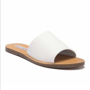 Steve Madden White Slip On Sandals Size 6
